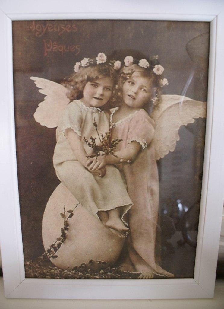 Bilde med to søte engler, og teksten