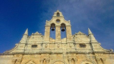 The Monastery of Arkadi. Et besøk på klosteret er noe jeg mer enn gjerne foretar hver gang jeg er på Kreta. Stemningsfullt, historisk og vakkert, og ekstra flott å overvære en av de mange daglige ortodokse messer.