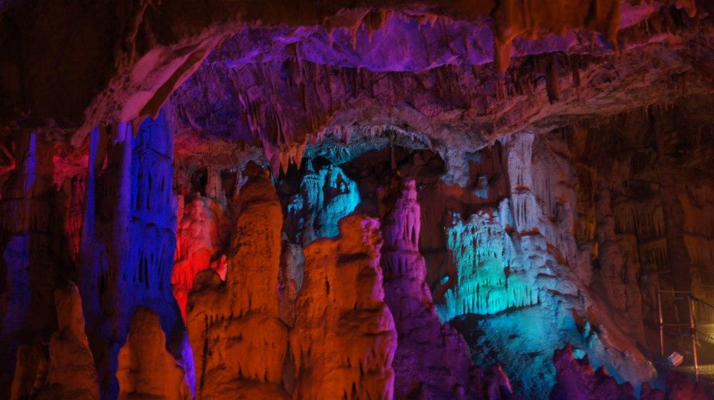 Sfendoni cave er en av de flotteste og mest tilrettelagte grottene på Kreta. Aboslutt verdt et besøk.