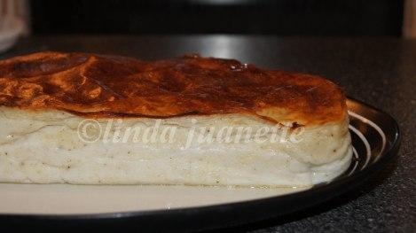 Lekker fiskepudding med gyldenbrun steikeskorpe. Herlig middagsmat :-)