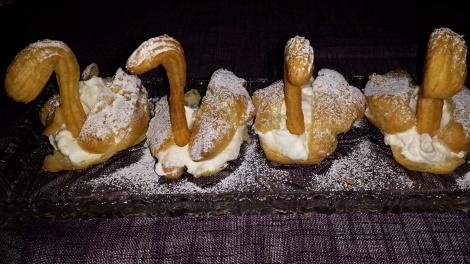 Flotte svaner klar for servering :-)